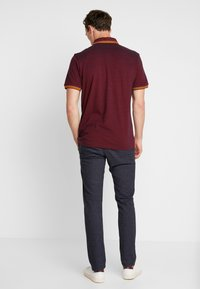 TOM TAILOR DENIM - STRUCTURED - Chinos - navy grindel