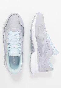 Reebok - RIDGERIDER 5.0 - Obuwie do biegania treningowe - cold grey/glas blue/white - 1