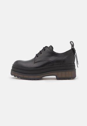 DERBY - Zapatos de vestir - nero