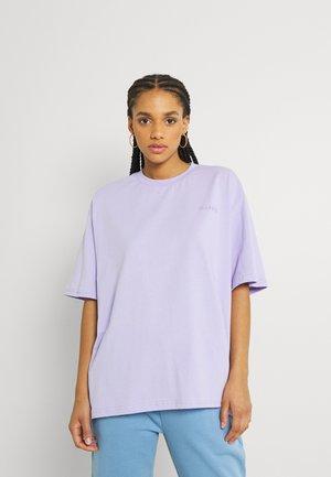 LOGO OVERSIZED TEE - Basic T-shirt - lavender