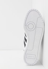adidas Originals - TEAM COURT - Sneakers laag - ftwwht/cblack/ftwwht - 4