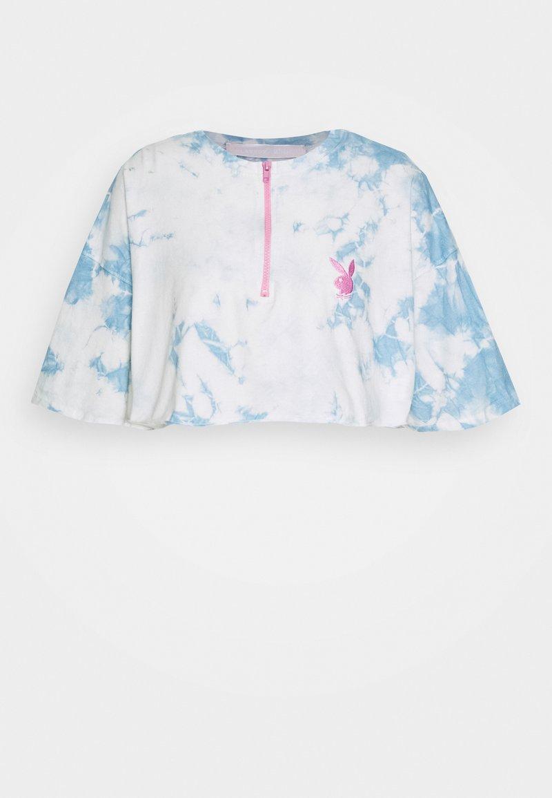 Missguided - PLAYBOY TIE DYE ZIP THROUGH CROP - Camiseta estampada - blue
