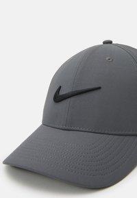 Nike Performance - SPORT UNISEX - Cap - iron grey/black - 3