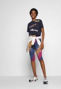Ellesse - MIRI - Print T-shirt - navy - 1