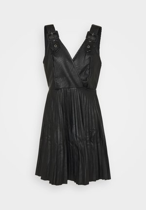 NAIROBI PLEATED DRESS - Koktejlové šaty / šaty na párty - black