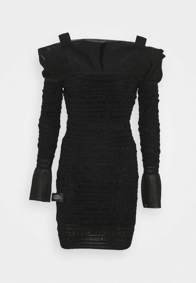 PUCKERED STITCH RUFFLE DRESS - Korte jurk - black