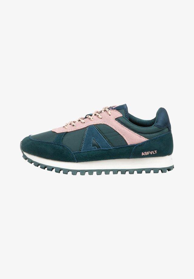 Sneakers laag - dlpink.hyd