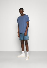 Weekday - RELAXED  - Basic T-shirt - blue - 1
