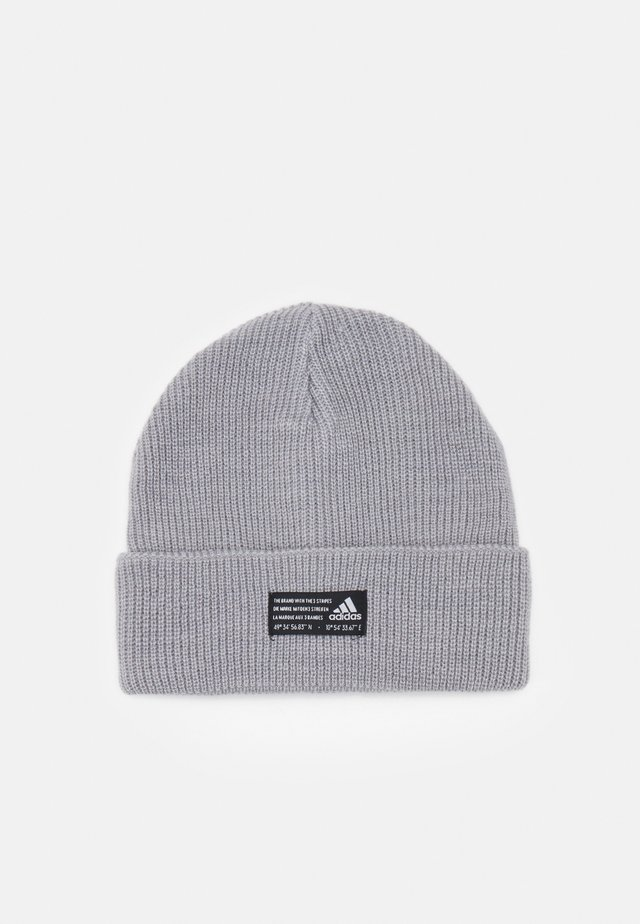 ESSENTIALS SPORTS BEANIE UNISEX - Čepice - medium grey heather/black/white