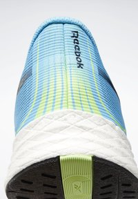 Reebok - FLOATRIDE ENERGY 3 SHOES - Neutral running shoes - turquoise - 6