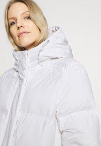Guess - ADIVA JACKET - Down coat - true white - 3