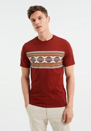 Print T-shirt - burgundy red