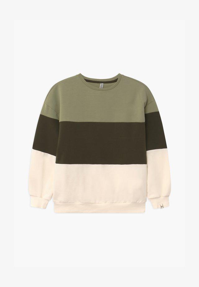 GIRLS FARBENBLOCK - Sweatshirt - steppengrün reactive