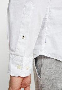Jack & Jones PREMIUM - JJESUMMER  - Shirt - white - 5
