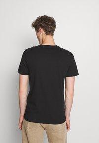 Pier One - 5 PACK - Basic T-shirt - black/white - 2