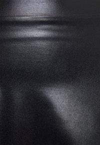Even&Odd - Mini PU Leather A-line skirt - Jupe trapèze - black - 5