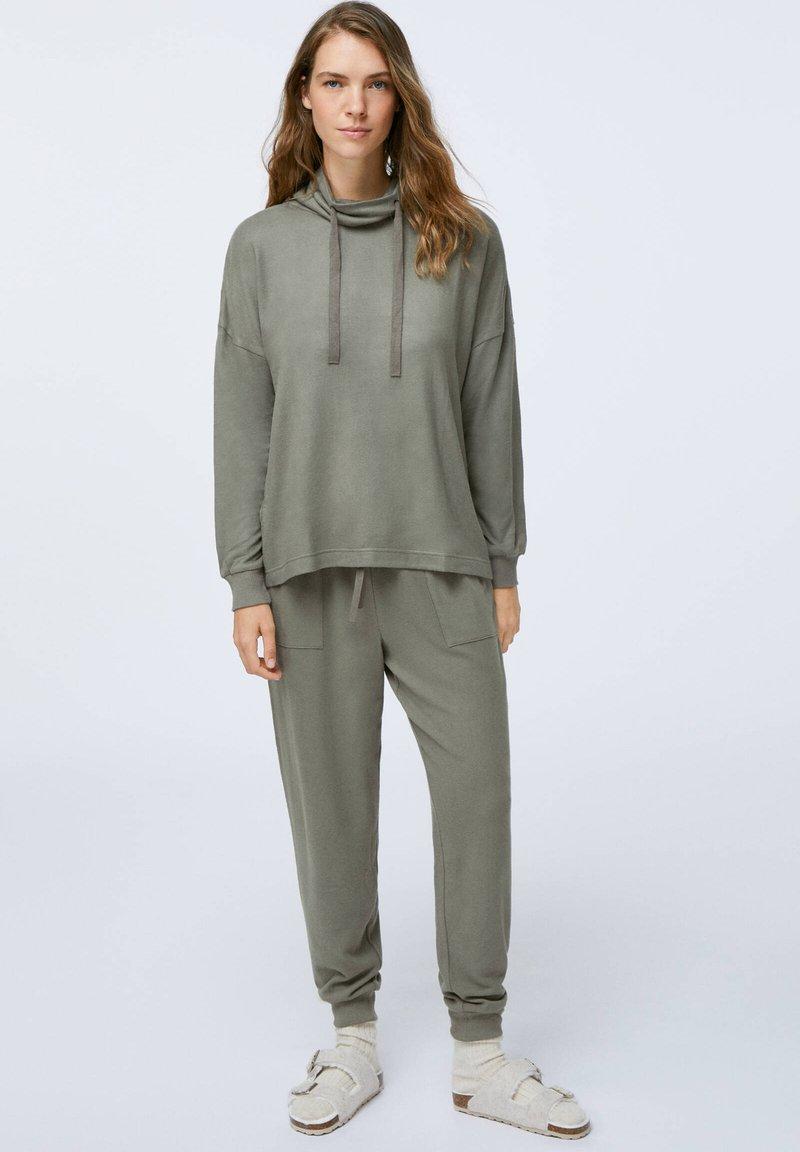 OYSHO - Pyjama top - khaki