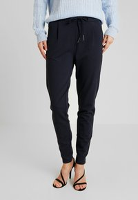 Vero Moda Tall - VMEVA LOOSE STRING PANTS  - Tracksuit bottoms - night sky - 0