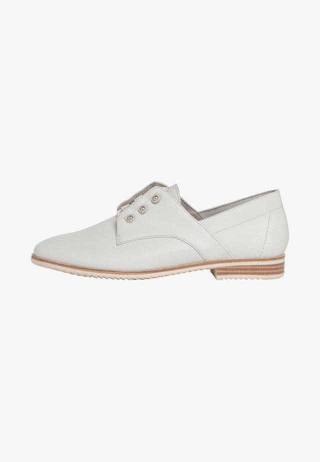 HALBSCHUH - Volnočasové šněrovací boty - off-white
