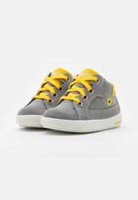 Superfit - MOPPY - Baby shoes - grau/gelb - 1