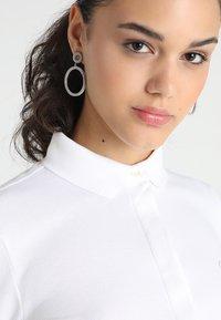 Lacoste - PF7844 - Poloshirt - blanc - 3