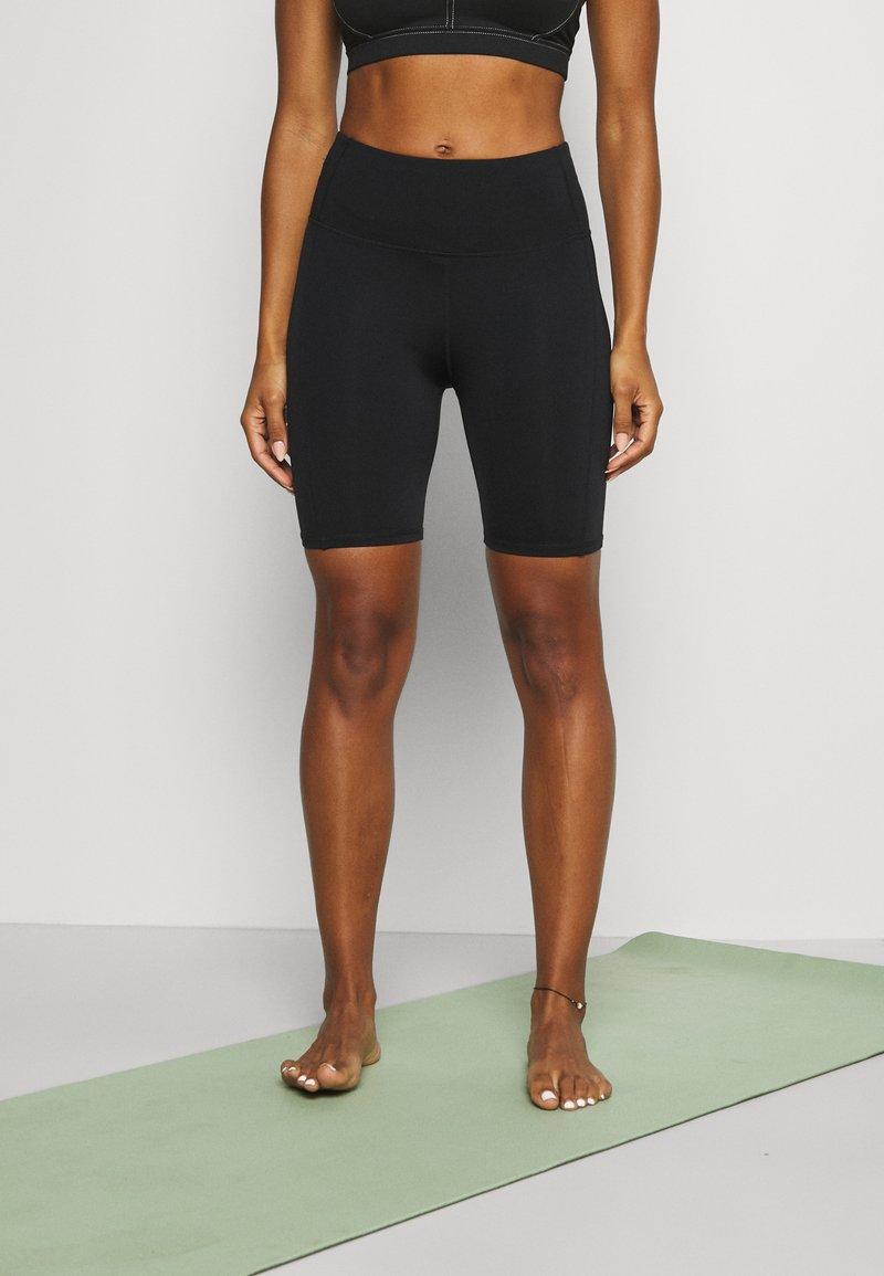 Cotton On Body - ELITE BIKE SHORT - Tights - black