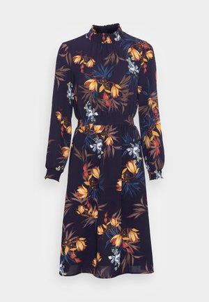 ONLNOVA LUX SMOCK DRESS - Denní šaty - night sky/fall devon
