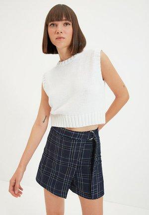 Shorts - navy blue