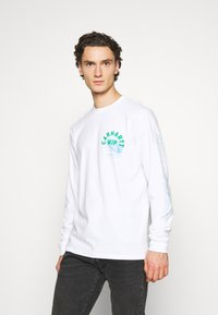 Carhartt WIP - REMIX - Long sleeved top - white - 0
