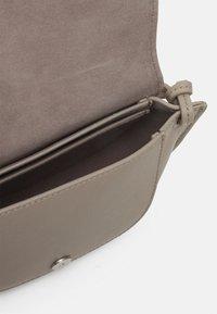Marc O'Polo - TALVI - Across body bag - classy taupe - 2