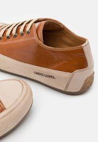 Candice Cooper - ROCK - Sneakers basse - reflex carniola - 4