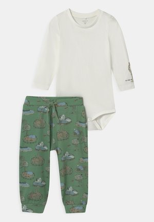 NBMTIFAR SET - Trousers - snow white