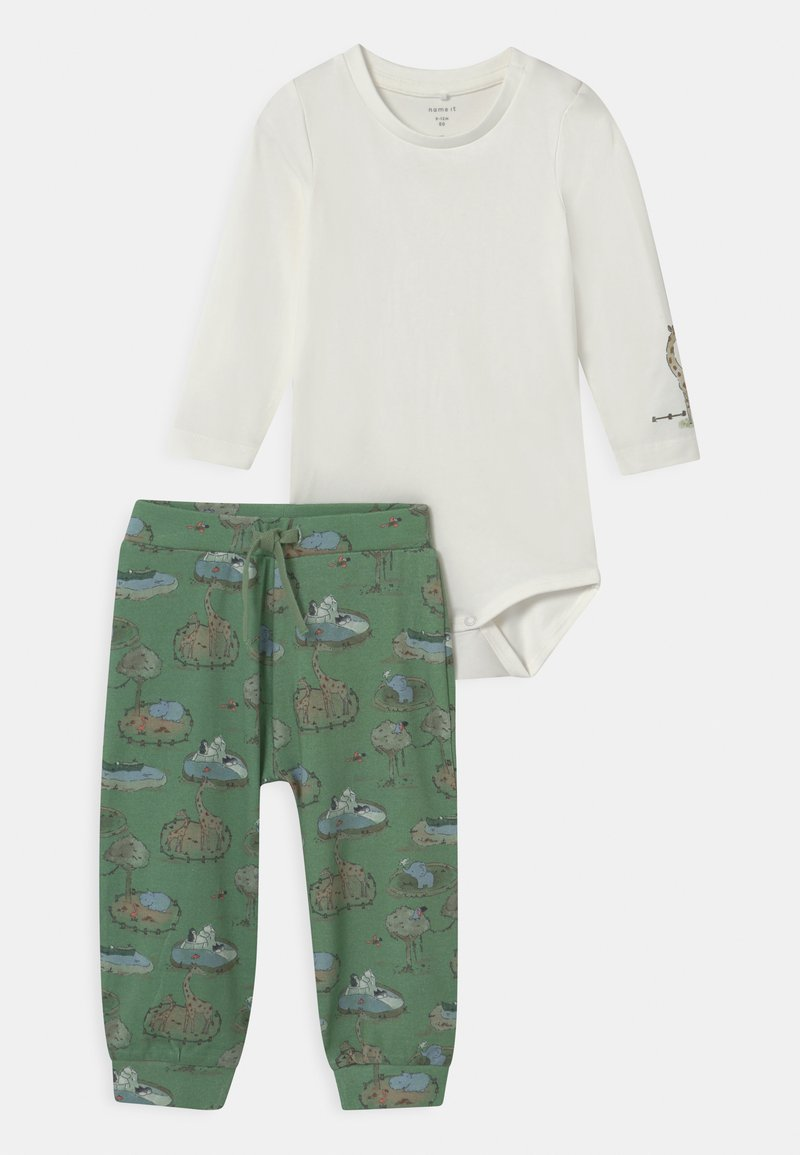 Name it - NBMTIFAR SET - Trousers - snow white