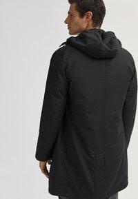 Massimo Dutti - 03421243 - Down jacket - black - 1