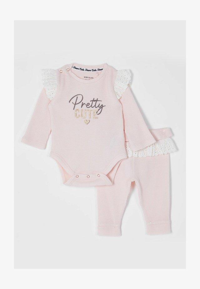 Body - pink