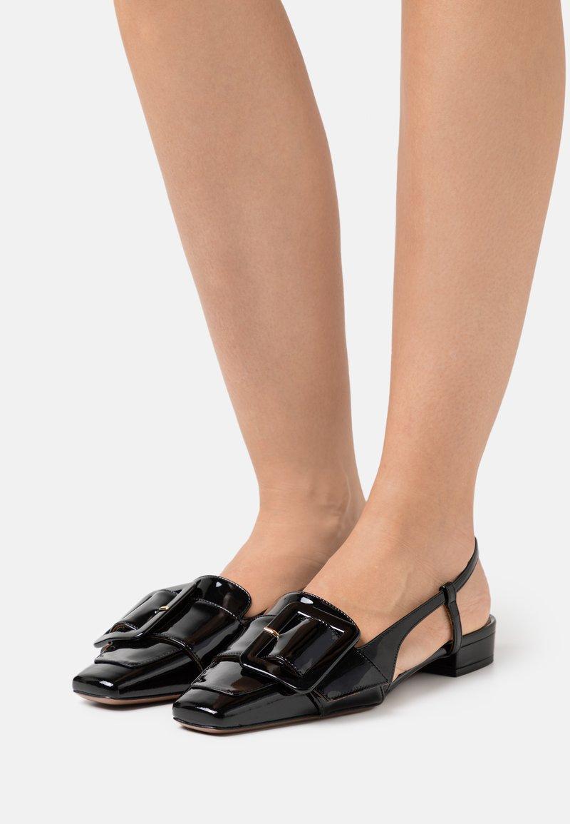 L'Autre Chose - FLAT SLINGBACK - Slipper - black patent