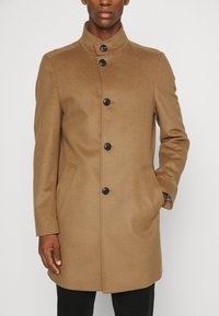 Tommy Hilfiger Tailored - SOLID STAND UP COLLAR COAT - Classic coat - brown - 6