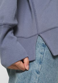 Abercrombie & Fitch - LOGO POPOVER - Hoodie - blue - 5