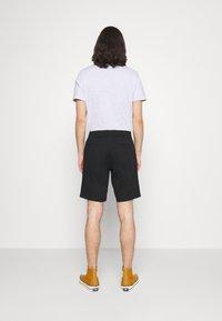 Volcom - FRICKIN - Shorts - black - 2