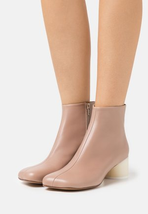 Kotníková obuv - tuscany