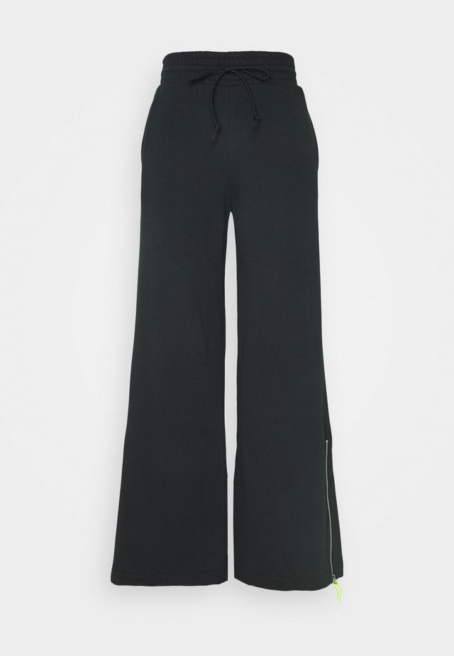 MOUNTAIN CLUB WIDE LEG PANT - Trousers - white