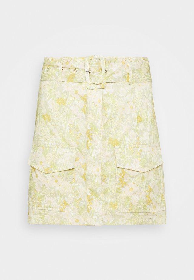 BELTED MINI SKIRT WITH POCKET DETAIL - Mini skirt - yellow