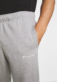 Champion - LEGACY STRAIGHT HEM PANTS - Trainingsbroek - mottled grey - 4