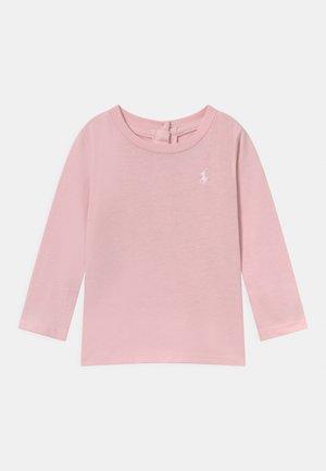 TEE - Longsleeve - hint of pink