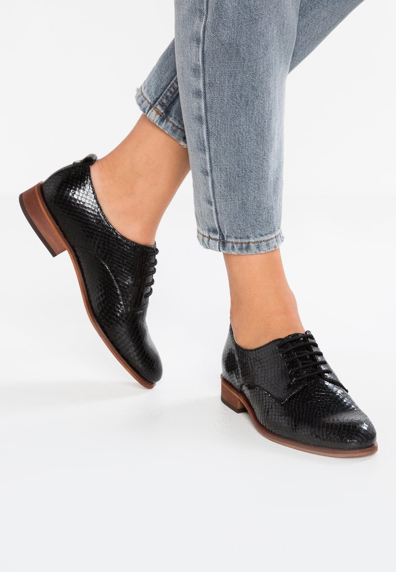 KIOMI - Lace-ups - black