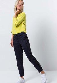 zero - Sweater - yellow lime - 1