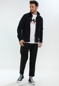 Helly Hansen - DAYBREAKER JACKET - Fleece jacket - navy - 1
