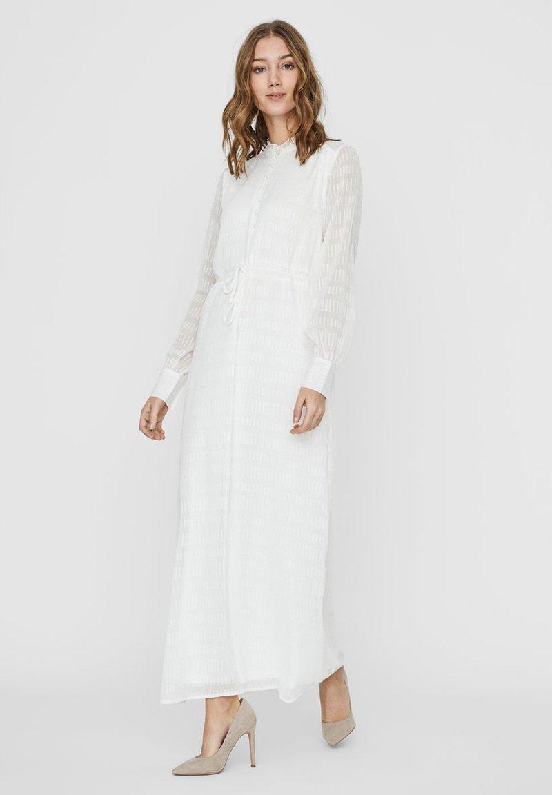 Vero Moda - Maxi dress - snow white