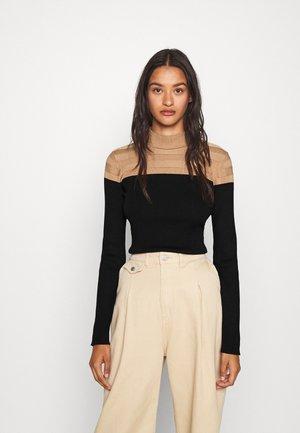 MICO - Pullover - camel/noir
