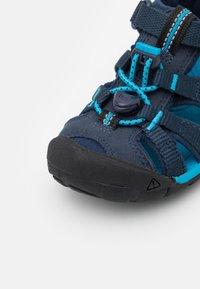 Keen - SEACAMP II CNX UNISEX - Sandalias de senderismo - black iris/vivid blue - 5
